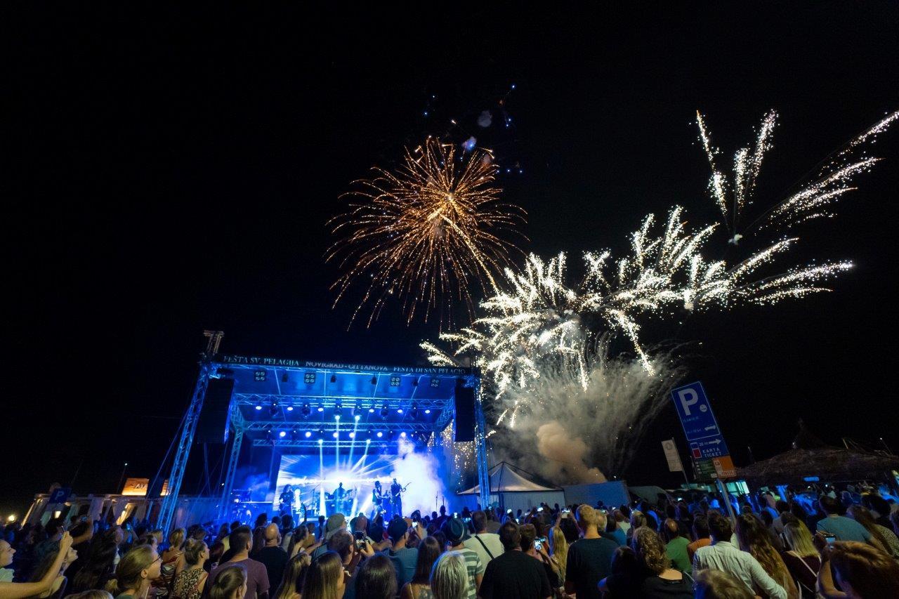 http://www.novigrad.hr/con_la_grande_festa_di_san_pelagio_celebrato_il_santo_patrono_di_cittanova