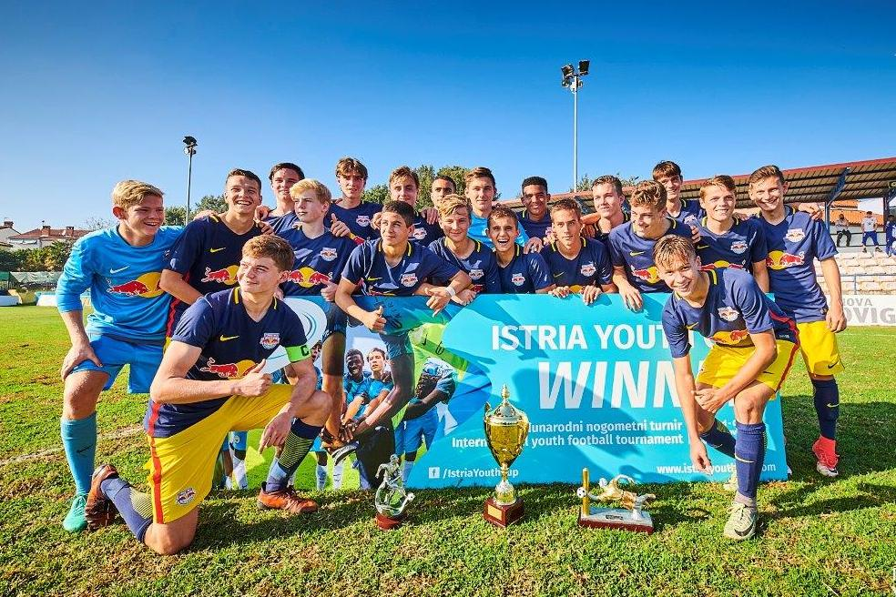 http://www.novigrad.hr/istria_youth_cup_red_bull_salzburgu_naslov_pobjednika_organizatorima_pohval