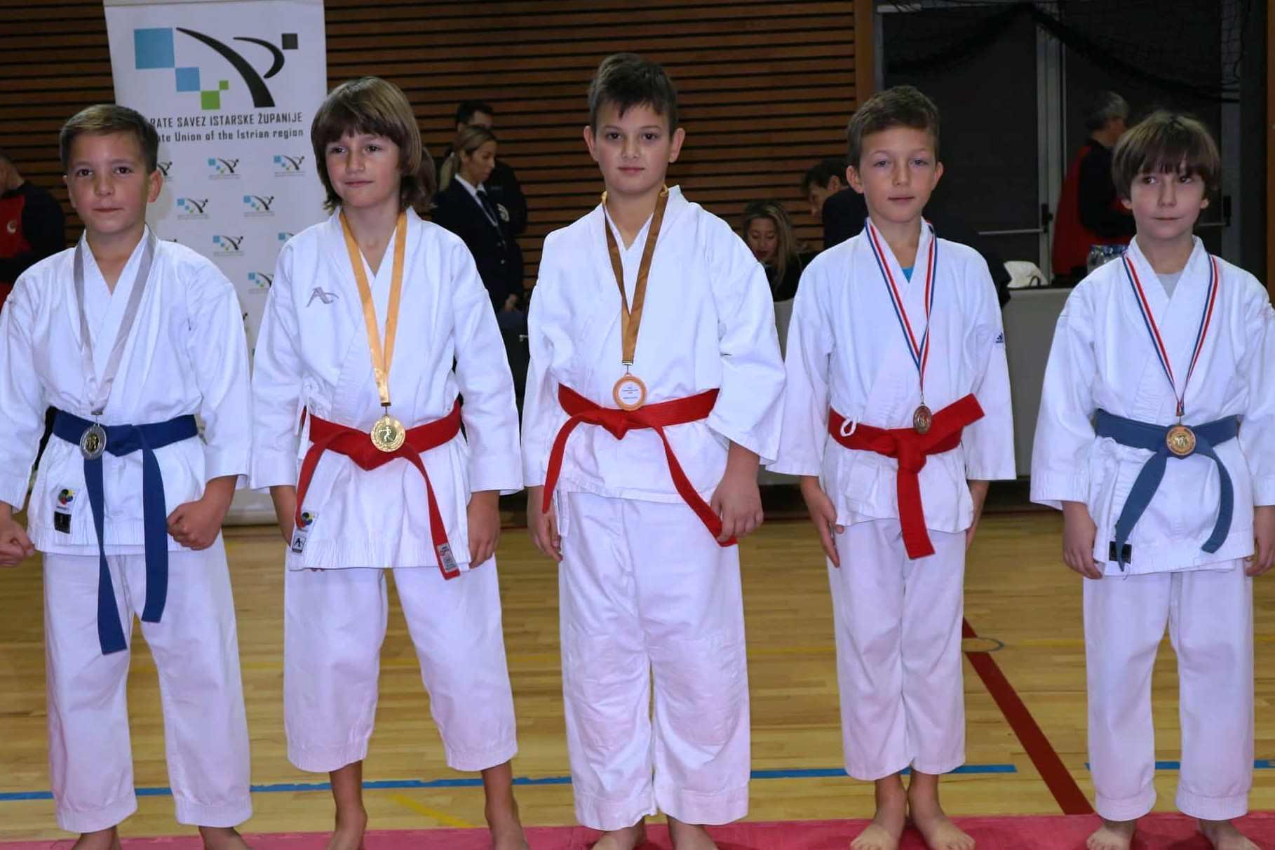 http://www.novigrad.hr/karate_klub_novigrad_rezultati_s_natjecanja2