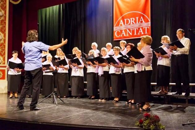 http://www.novigrad.hr/na_meunarodnom_natjecanju_zbor_lavanda_osvojio_bronchanu_plaketu