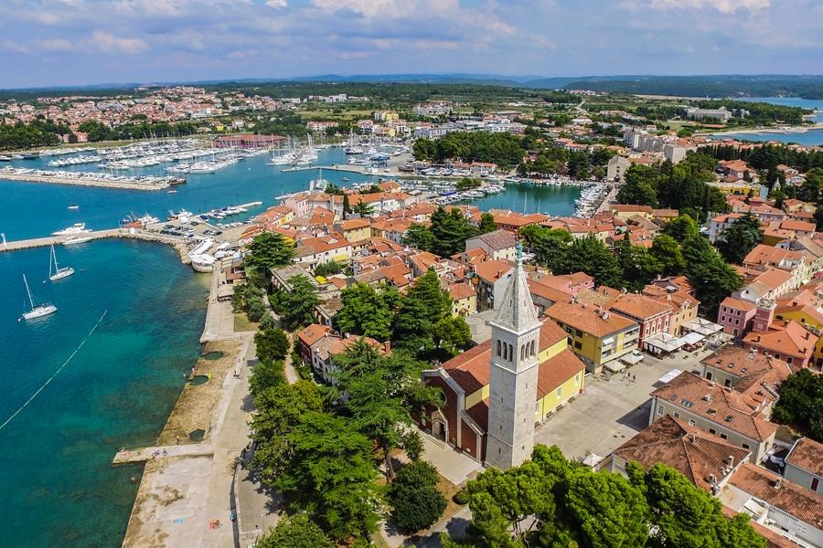 http://www.novigrad.hr/cittanova_tra_le_migliori_citta_croate_nellambito_della_politica_demografic