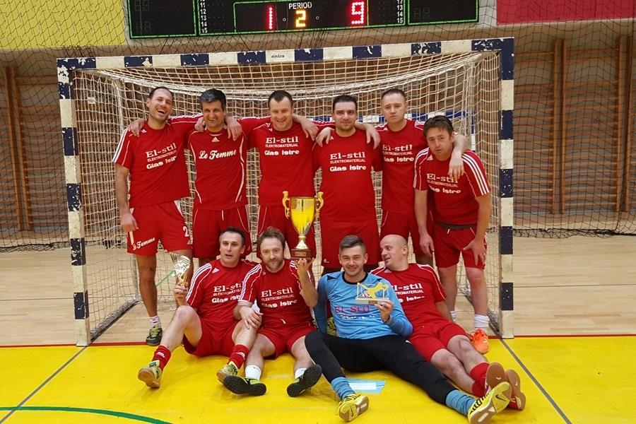 http://www.novigrad.hr/nella_palestra_sportiva_cittanovese_si_e_giocato_il_torneo_veterans_cup