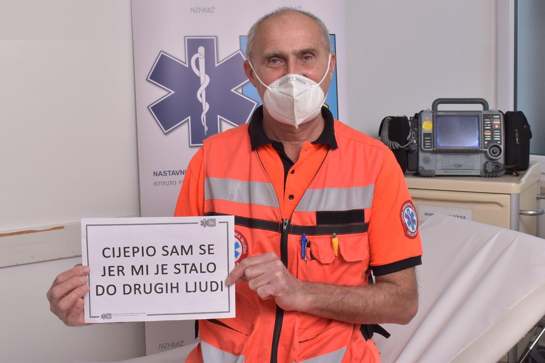 http://www.novigrad.hr/zoran_sari_di_cittanova_e_tra_i_primi_vaccinati_contro_il_covid