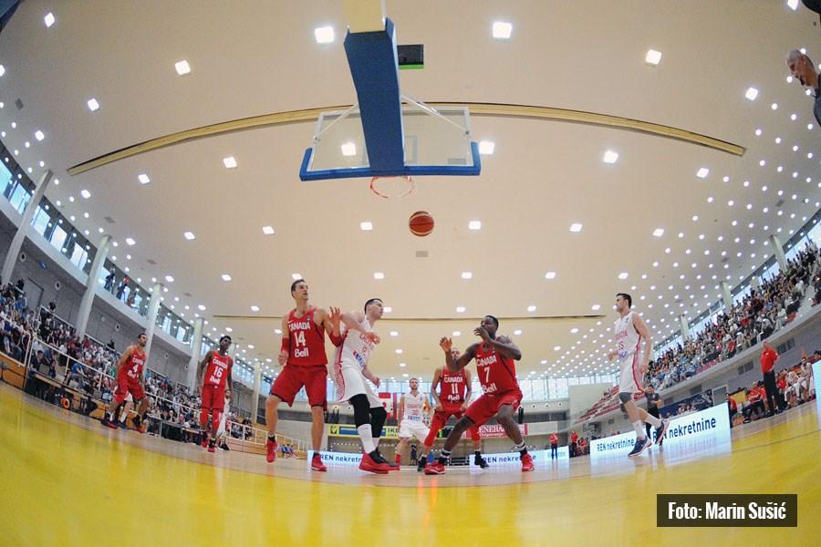 http://www.novigrad.hr/u_novigradskoj_dvorani_odigran_kosharkashki_spektakl_izmeu_reprezentacija_h
