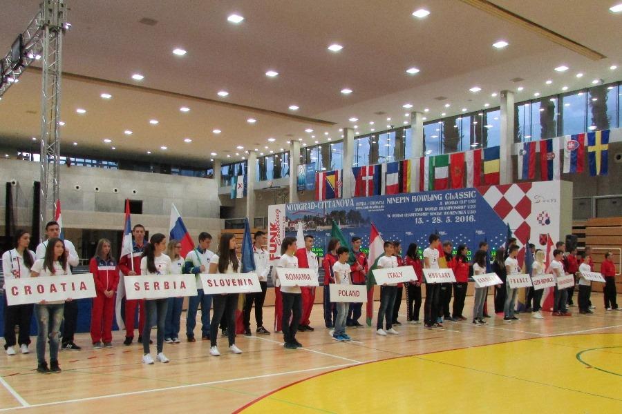 http://www.novigrad.hr/svechano_otvoren_10._svjetski_kup_u_klasichnom_kuglanju_u18