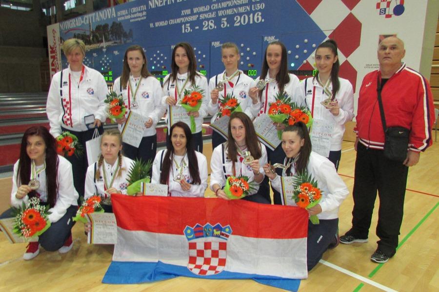 http://www.novigrad.hr/hrvatskim_kuglachicama_ekipno_srebro_u_u_23_kategoriji