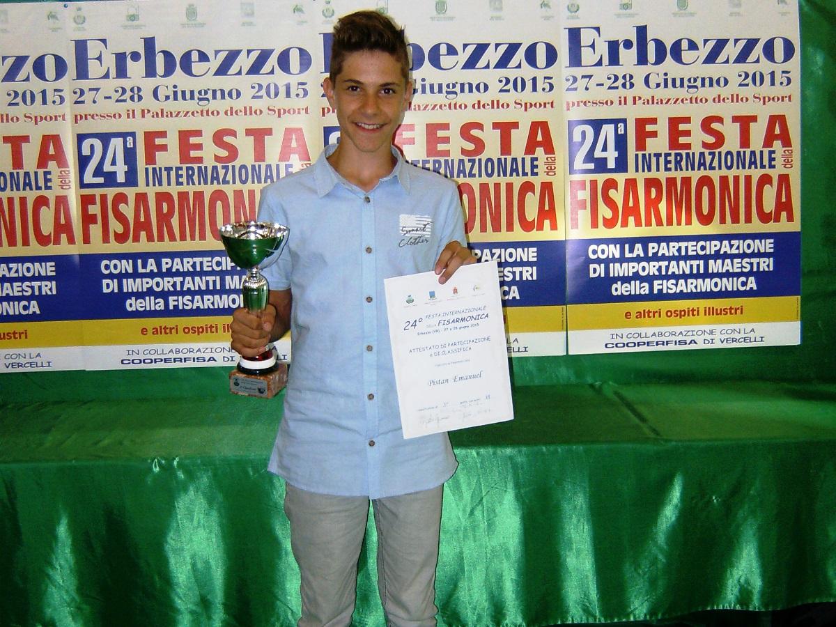http://www.novigrad.hr/emanuel_pishtan_uspjeshan_na_natjecanju_harmonikasha_u_talijanskom_erbezzu