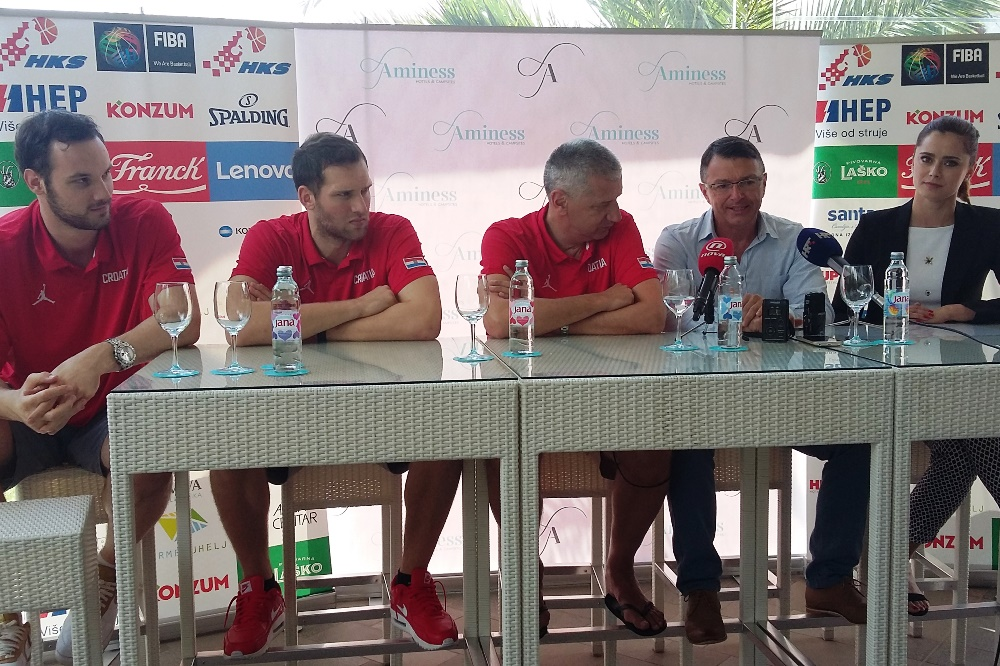 http://www.novigrad.hr/konferencijom_za_medije_najavljena_kosharkashka_utakmica_hrvatske_i_kanade