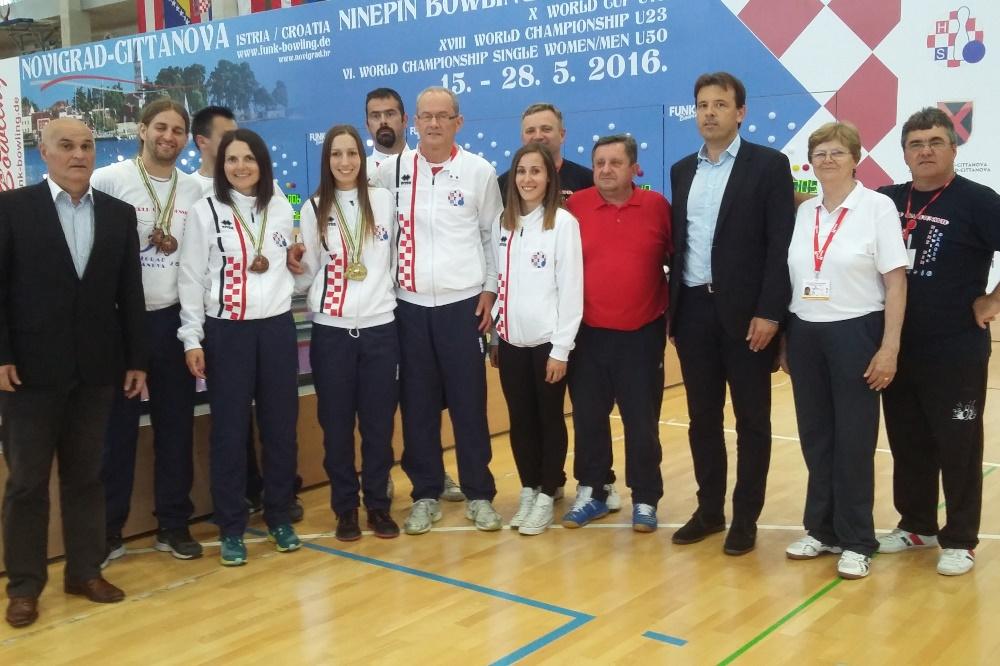 http://www.novigrad.hr/izvrsnim_rezultatima_hrvatske_reprezentacije_okonchana_smotra_najboljih_svj