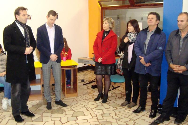 http://www.novigrad.hr/otvoren_prostor_mladih_srce_novigrada_il_cuore_di_cittanova