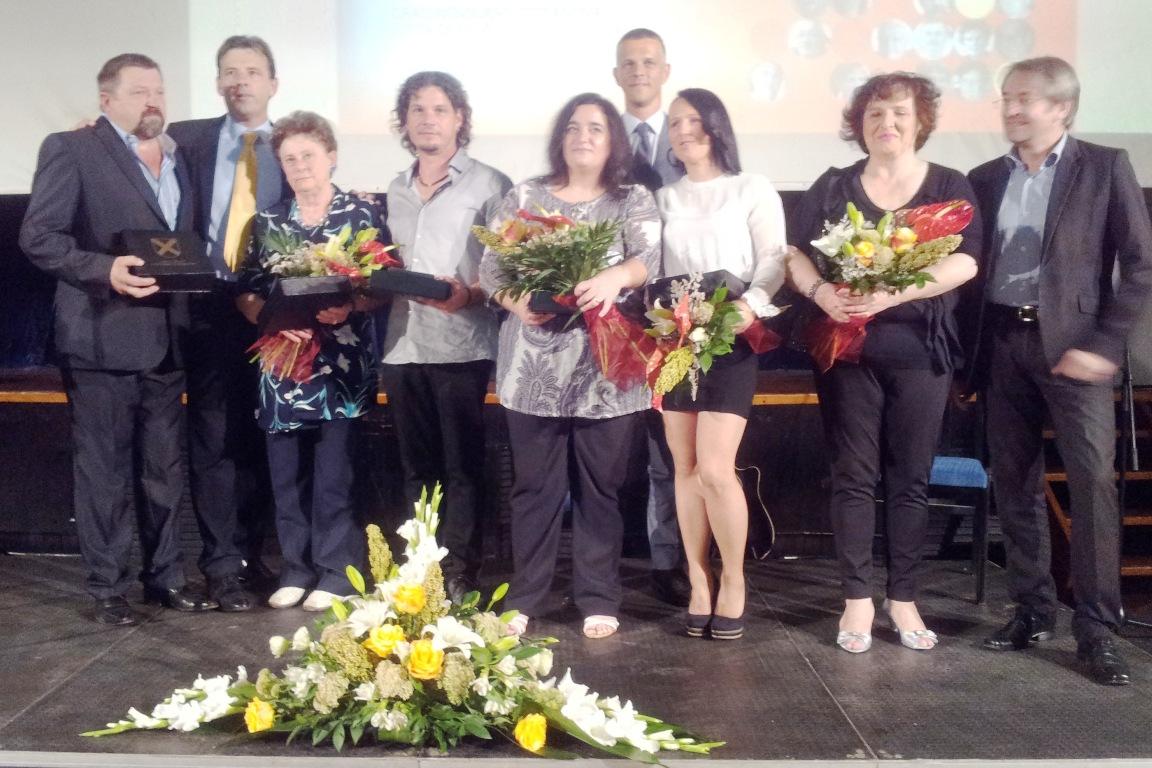 http://www.novigrad.hr/svechanom_sjednicom_gradskog_vijea_obiljezhen_dan_grada_i_gradskog_patrona