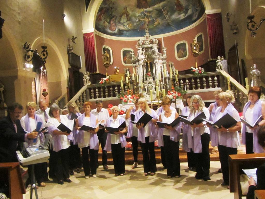 http://www.novigrad.hr/zbor_lavanda_poziva_pjevachice_i_pjevache_da_im_se_pridruzhe