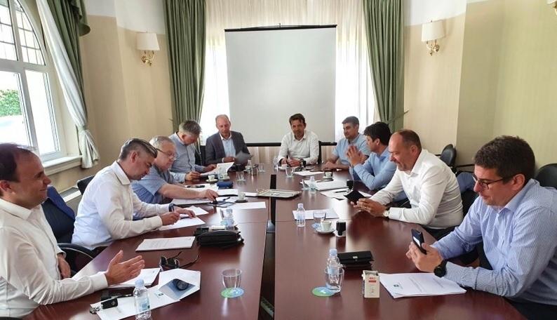 https://novigrad.hr/istarski_zhupan_i_gradonachelnici_potpisali_pismo_podrshke_kojim_se_trazhi